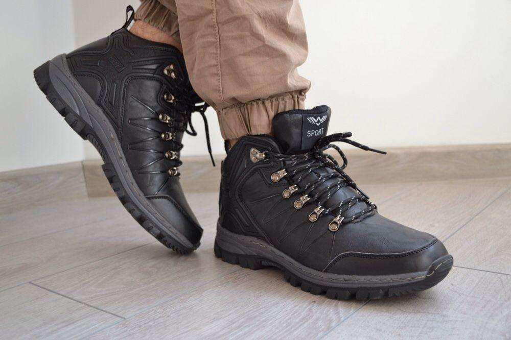 43р, 44р Мужские кроссовки  зимние  ботинки черные