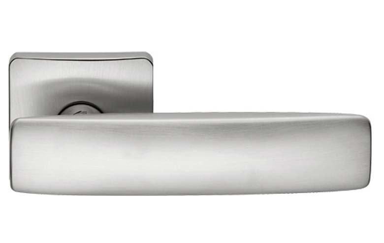 Ручка дверная COLOMBO BOLD FL 11 матовый хром