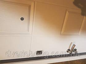 Входная дверь модель П4-362 скол дуба черный/белый, фото 3