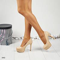 Женские лаковые туфли на высокой платформе