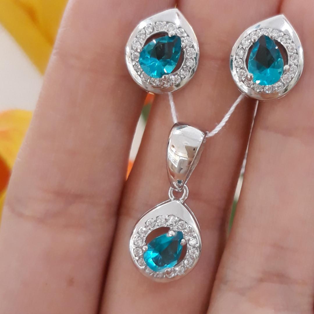 Серебряный комплект: серьги и кулон с голубыми камнями, покрытие родий