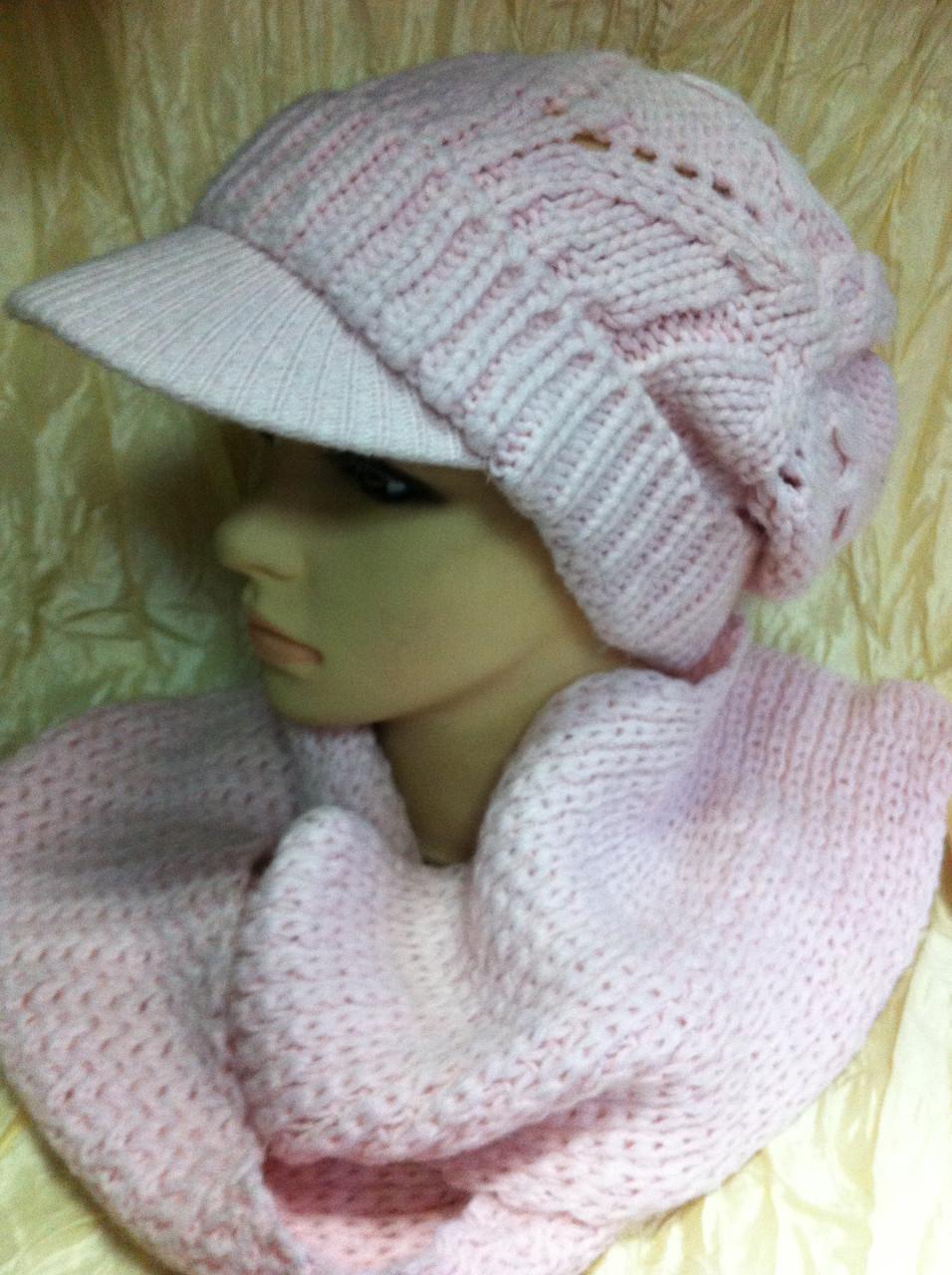 Молодёжный комплект крупной вязки :шарф  и кепка  розового цвета