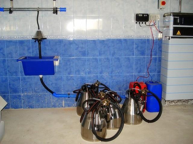 Доильные аппараты в  ведро  DeLaval TU200 Duovac