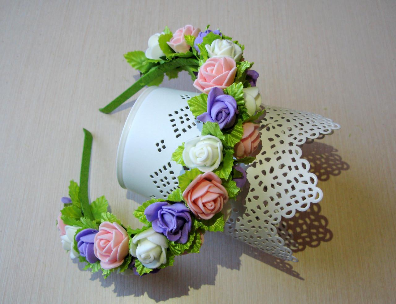 Обруч в пастельних тонах з трояндочками з латексу і атласними листочками 125 грн
