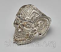 Кольцо череп с камнями
