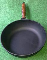 Сковородка чугунная с деревянной ручкой 260х60мм