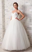 61.1 Пышное свадебное платье цвета ivory, размер 46