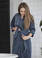 Женский халат из велюра на запах с декоративной вышивкой