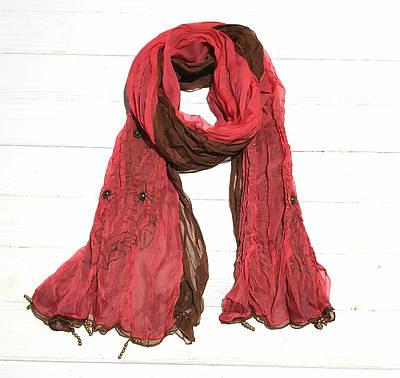 Двойной шифоновый шарф с бусинами