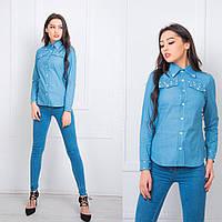 Джинсовая женская рубашка с иммитацией карманов на груди 15583BL 7222f9422ab68