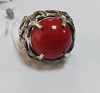 Кольцо из серебра черненное с кораллом и цирконием Восход