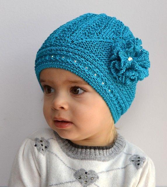 Весенняя ажурная шапочка для девочки