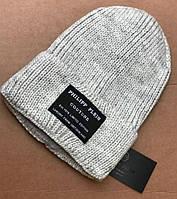 Стильная вязанная шапочка