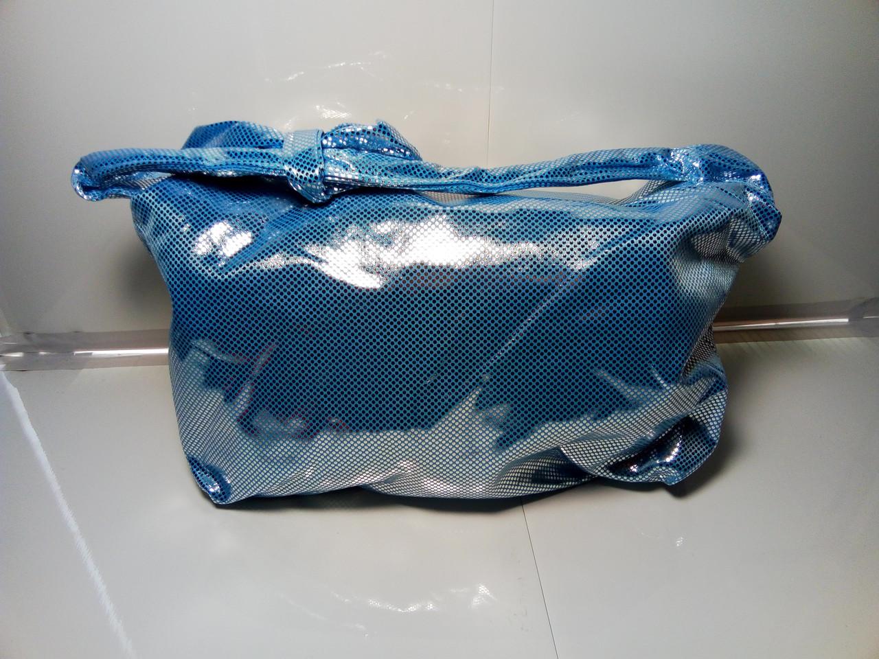 Женская сумка «Блеск» голубого цвета