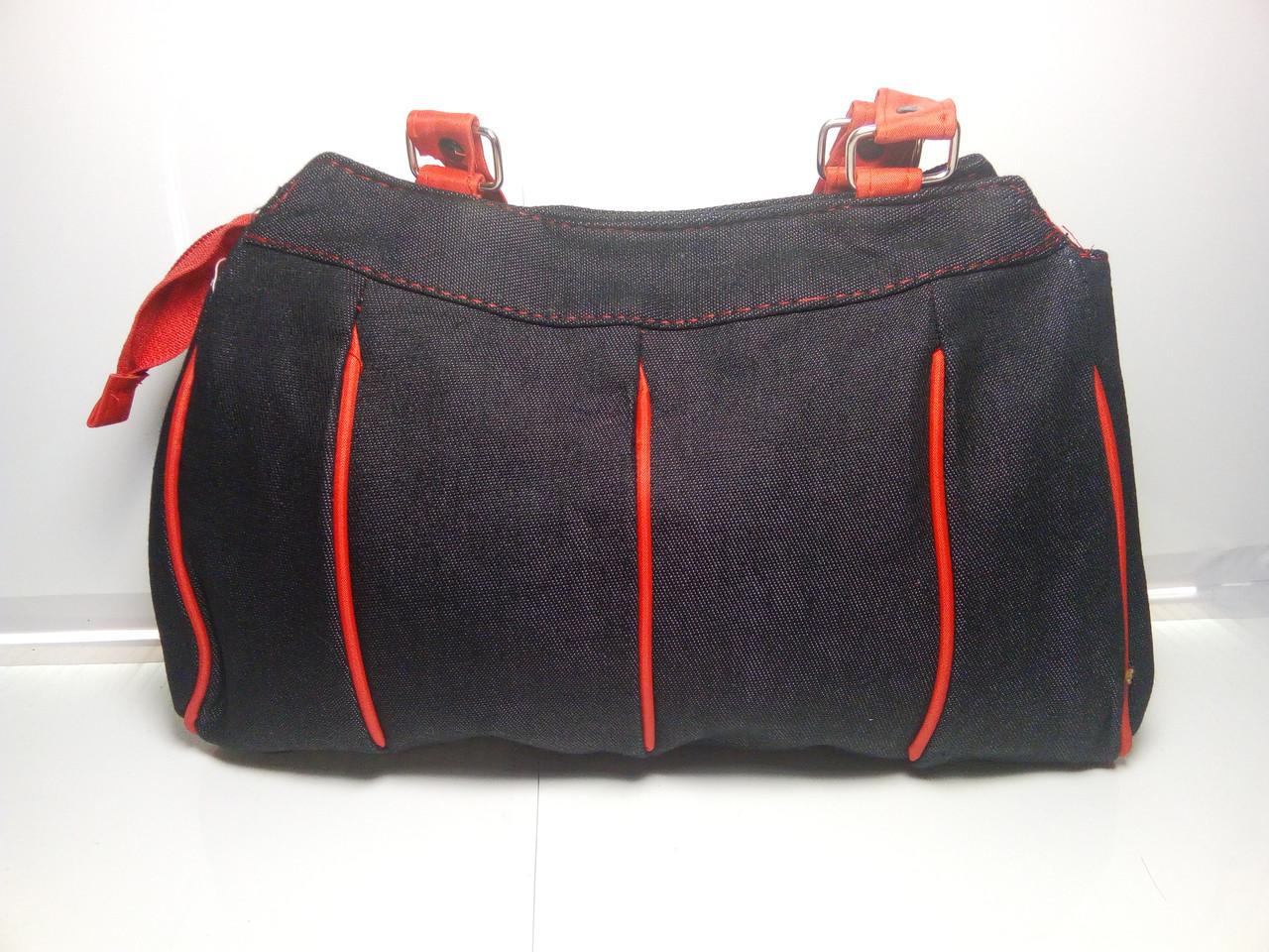 Вместительная женская сумка с красными вставками и ручками «Джинс» 20х28 см