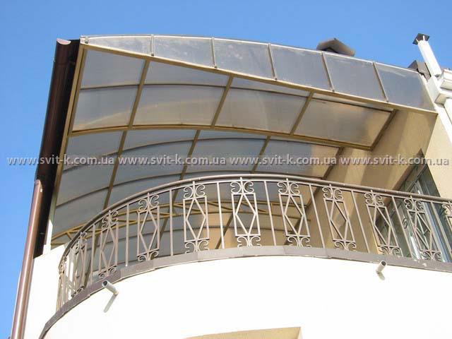 ПМП «Интергейтс» - терраса, крытая сотовым поликарбонатом