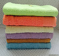 Банные полотенца разных цветов