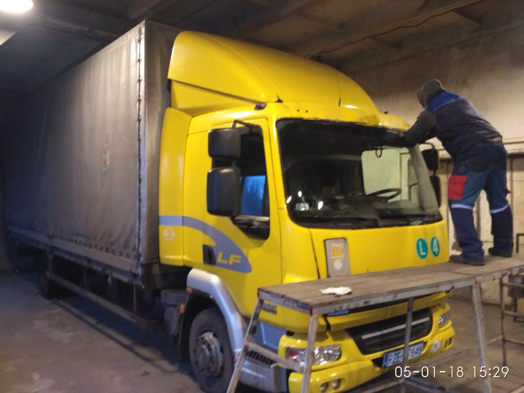 Изготовление лобового стекла триплекс на грузовик DAF LF 45. Установка лобового стекла на ДАФ ЛФ 45 в Никополе