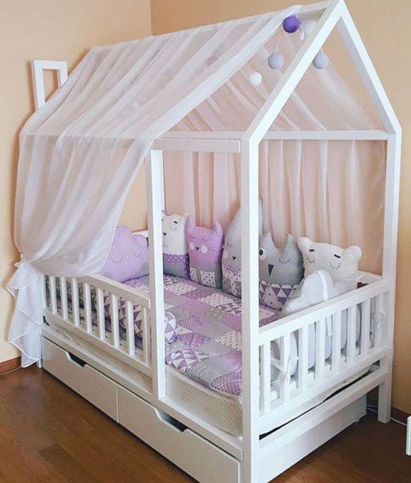 Кровать -  домик детская с выдвижными ящиками