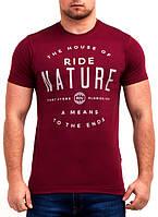 Оригинальная мужская футболка с надписью от производителя
