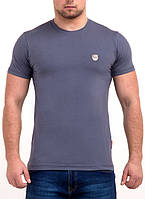 Стильная однотонная мужская футболка от производителя