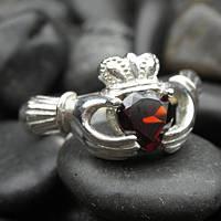 Серебряное кольцо с драгоценным камнем гранатом
