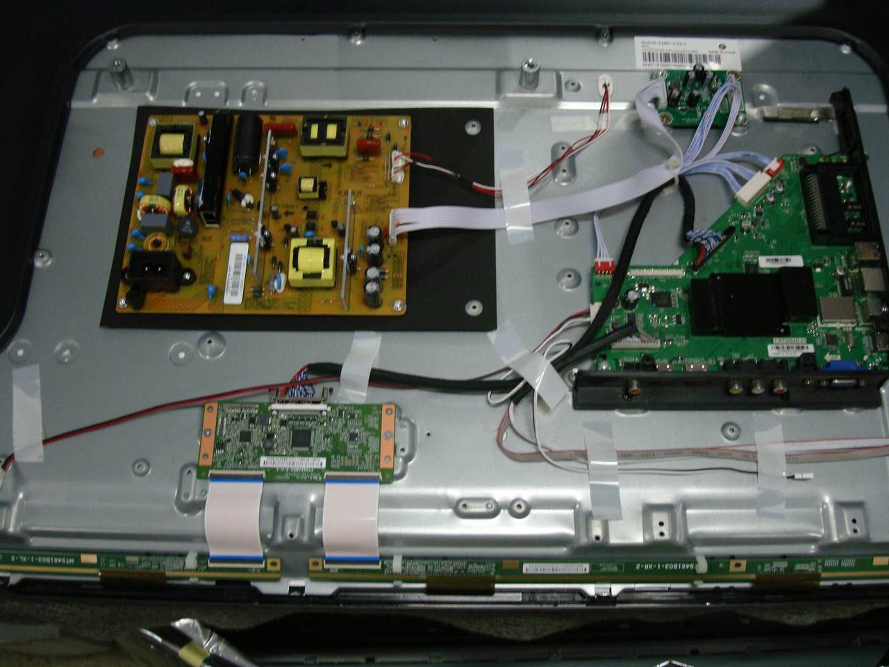 Запчасти к телевизору Bravis LED-55D2000 (JUC7.820.00102480, JUC7.820.00124415, ST5461B03-1)