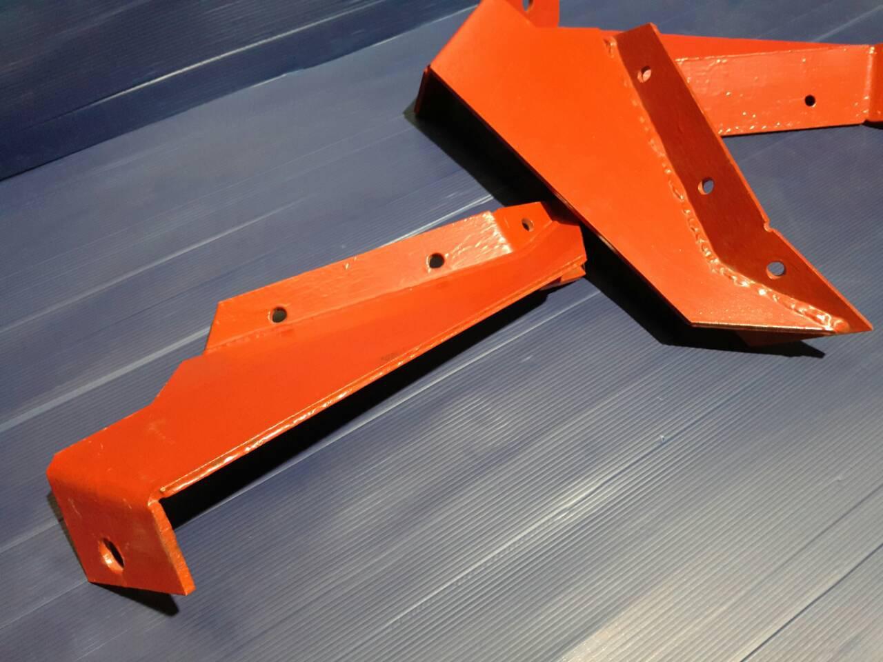 Поддержка отвала ПСКу (плуг скоростной комбинированный универсальный)