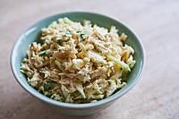 Салат с рисом и моцареллой