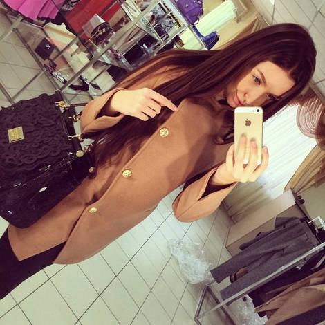 Женское пальто е410