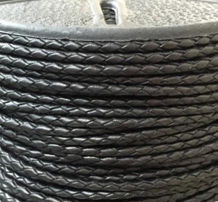 Шнур плетеный кожаный диаметр 2,5 мм и 3 мм черный 3.0