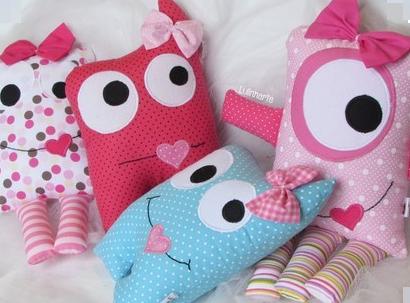 Подушки игрушки - Монстрики