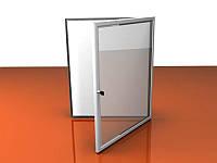 Стенд-витрина с дверцами и замком настенная, 420х600 мм (Покрытие : Аппликация пленками ORACAL, фон +1 слой; )