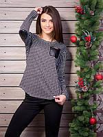 Женский джемпер с налокотниками и карманом из кожзаменителя