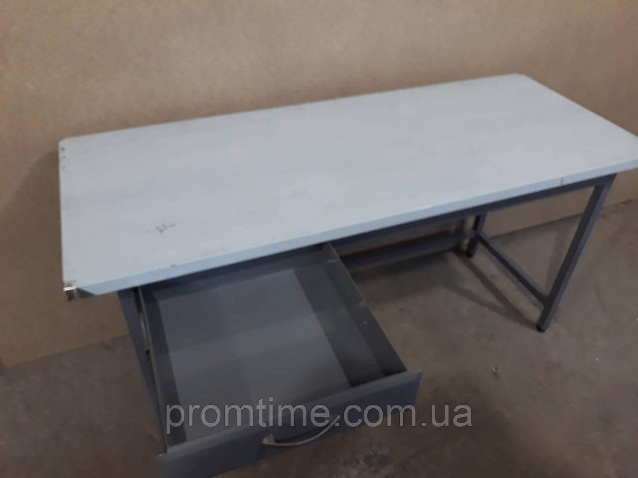 Стол производственный с выдвижным ящиком 1500х600х850