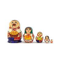Матрьошка 5 кук.Українська родина (8см)
