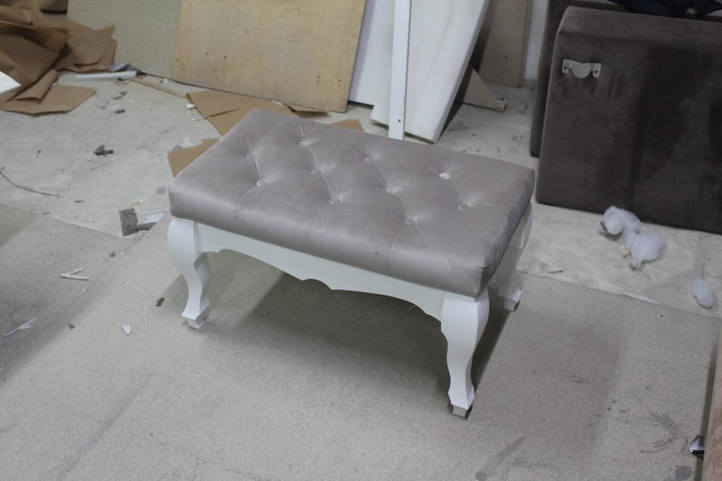 Виготовляємо на замовлення пуфики, банкетки, фотелі. 11