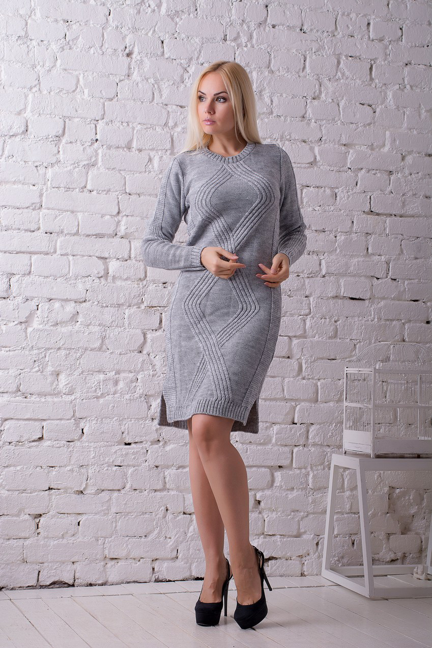 Платье вязанное Карина серый (46-50)