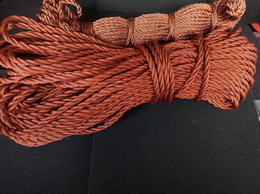 Кордовая веревка и нить