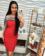 Классное женское платье украшенное пайеткой