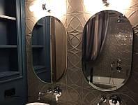 Настенное зеркало с фацетом