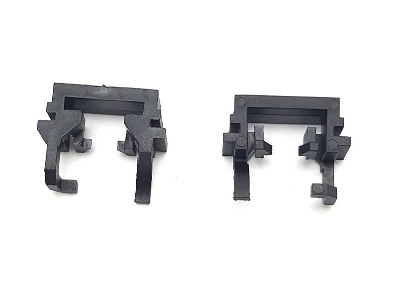 Переходник пластиковый H1 цоколь адаптер для LED и ксенона Ford Focus 2/3 (150017)
