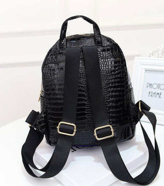 93fa76625b9e Женский рюкзак маленький черный с заклепками экокожа, цена 360,90 грн.,  купить в Киеве — Prom.ua (ID#640090456)