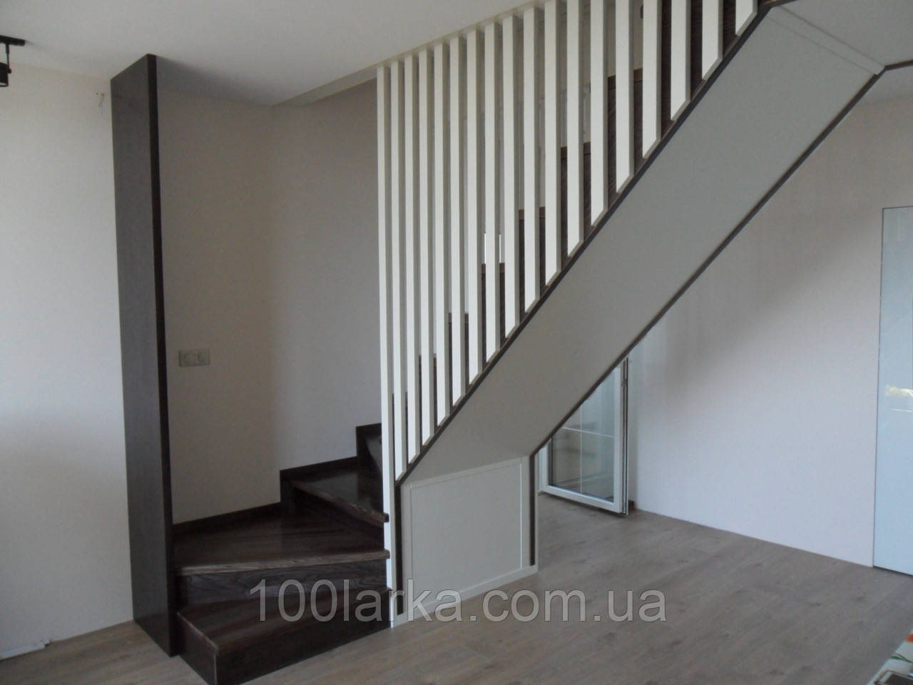 Деревянные лестницы на заказ в Киеве