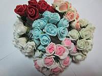 Розочка латексная бело-персиковая, букетик из 11 цветков, диаметр розы 15-20 мм, длина проволоки 7 см