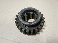 Шестерня ведомая КОМ КрАЗ Z=22 зуб. 210А-4202064-01