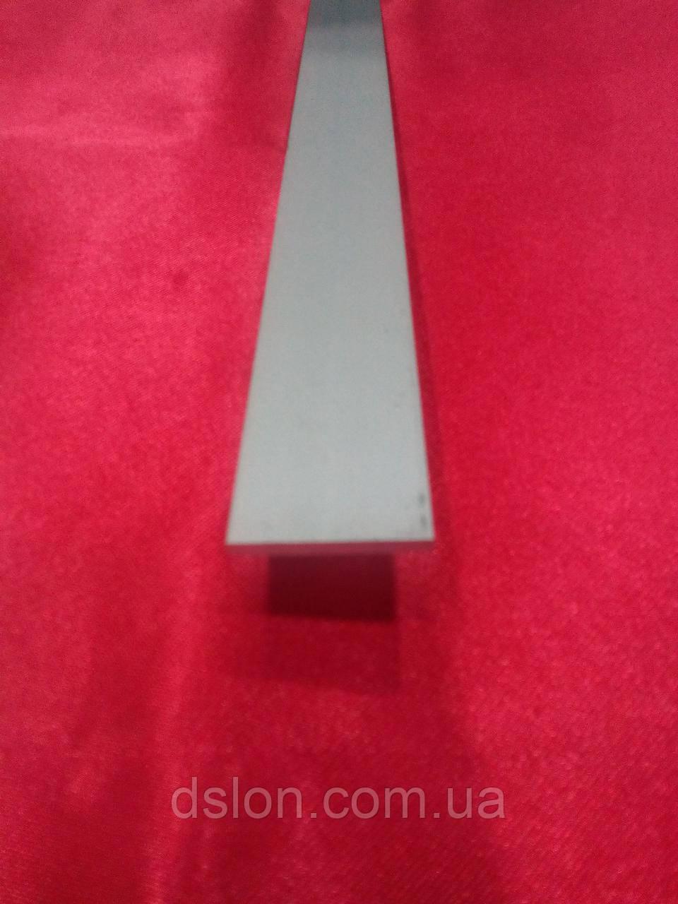 Полоса алюминиевая анодированная  25*3 мм.