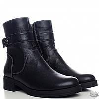 Черные женские зимние ботинки на меху Villomi 2517-06