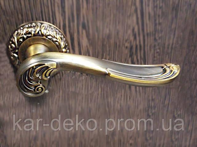 фото Ручка на розетке  под старину kar-deko.com