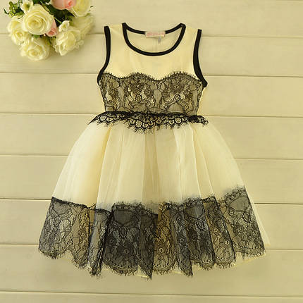 Летнее платье с красивым кружевом для девочки бежжевое , фото 2